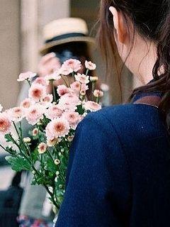 花开花落相濡以沫